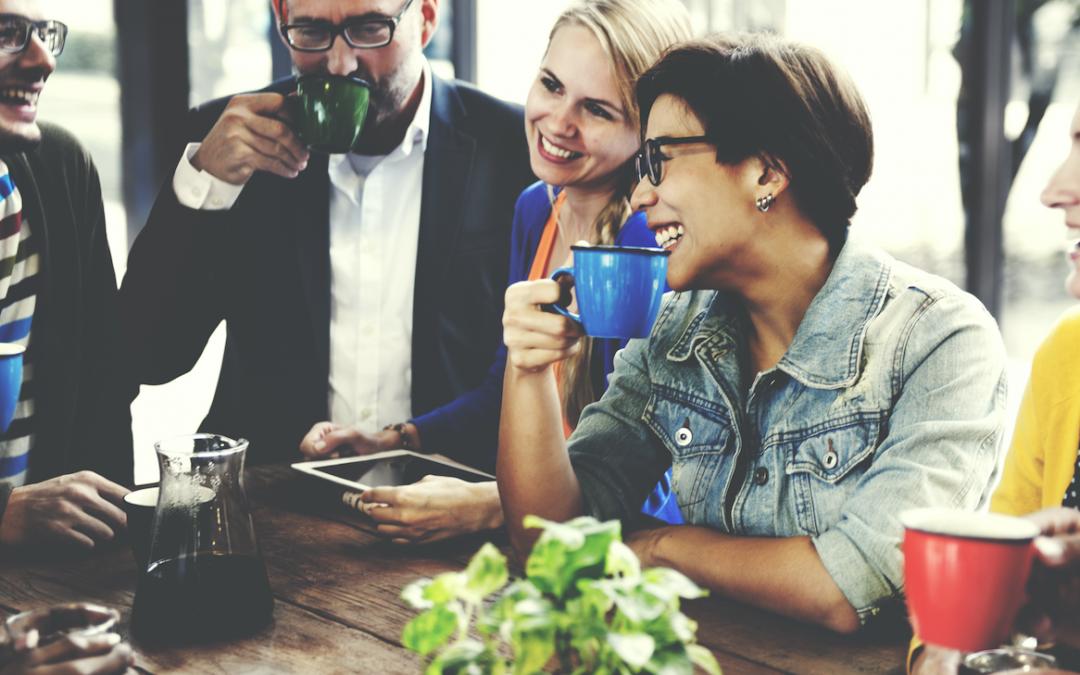 Hur man träffar nya affärer och jobb genom effektivt nätverkande